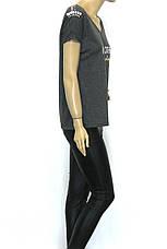 Жіноча коротка сіра футболка прикрашена стразами, фото 3
