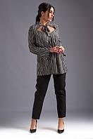 Женский костюм двойка брюки с лампасами.Размеры : 50, 52, 54, 56