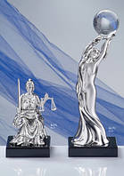 """Серебряная Статуэтка """"Девушка с Земным шаром в руках"""""""