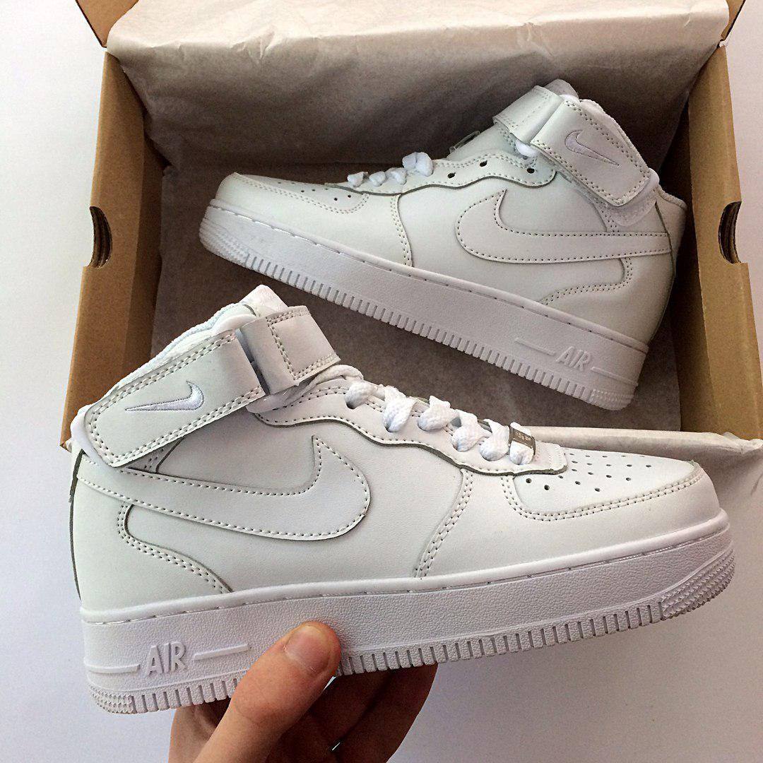 9f5bdcf1 Женские кроссовки Nike Air Force белые высокие реплика -