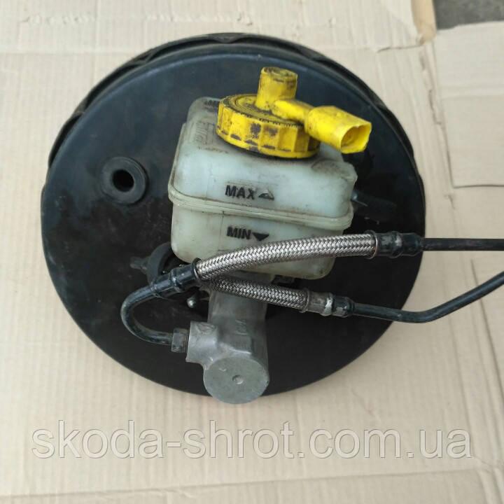 Вакуумный усилитель тормозов 1J1614105J  Skoda Octavia Tour, Golf IV, Bora вакуум 1J0 614 105 J