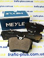 Тормозные колодки (задние) на Renault Trafic / Opel Vivaro 01-> MEYLE (Германия) - 025 239 8017