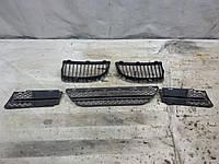Б/у Решетка радиатора/Бампера/Ноздри BMW 3 E90 05-09 г. 7120007(0008)