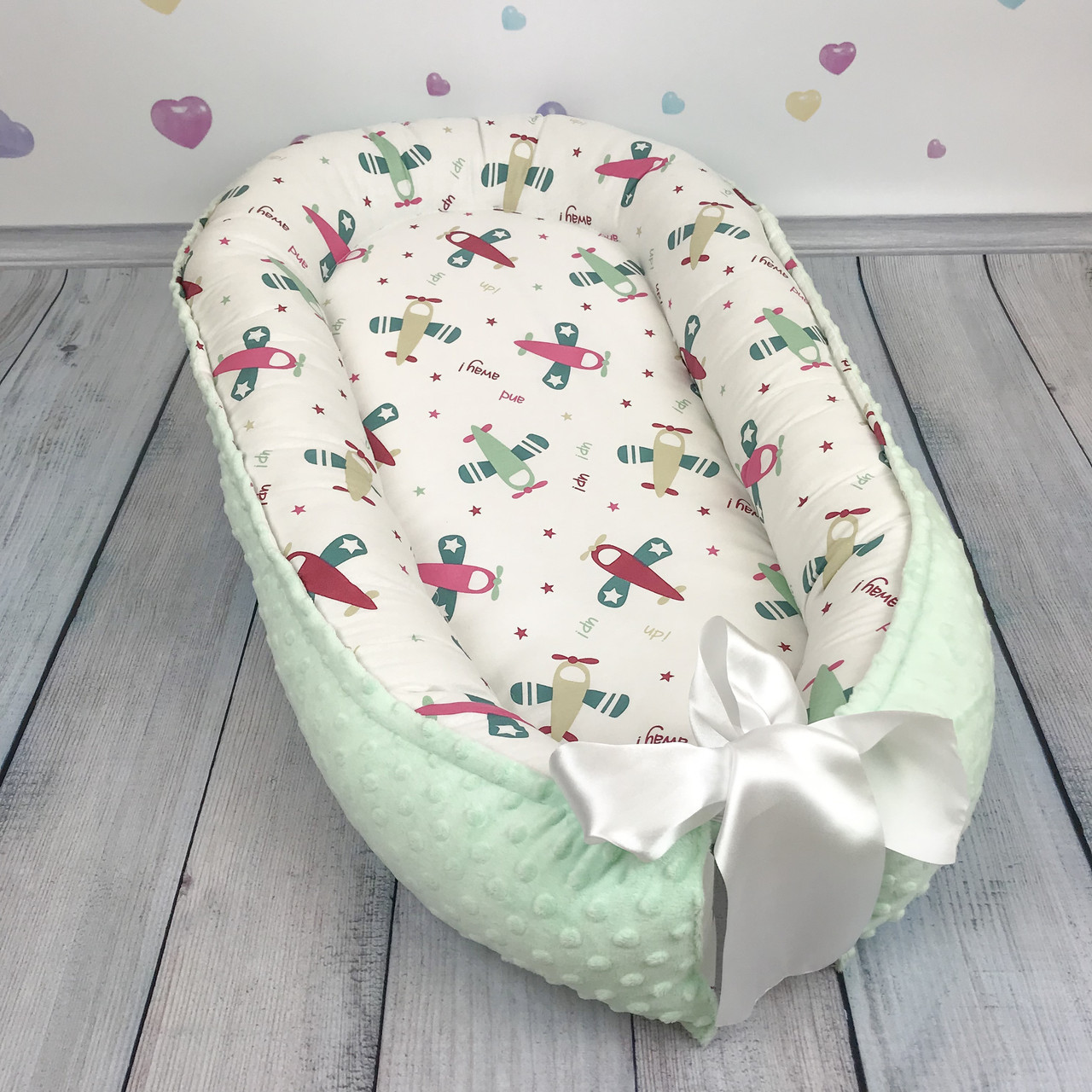 """Кокон-гнёздышко для новорожденного """"Самолётики"""" с поролоновым матрасом"""