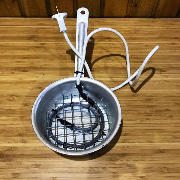 Нагревательный кабель саморегулирующийся для подогрева поилок  30 Ватт