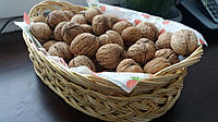 Корзина плетеная на орешки