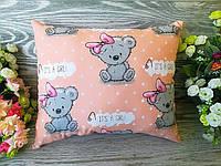 Подушка мишка с розовым бантиком , 36 см * 30 см