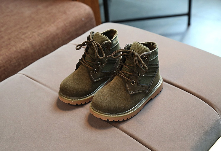 Ботинки детские демисезонные  нат мальчика из эко -замша зеленые