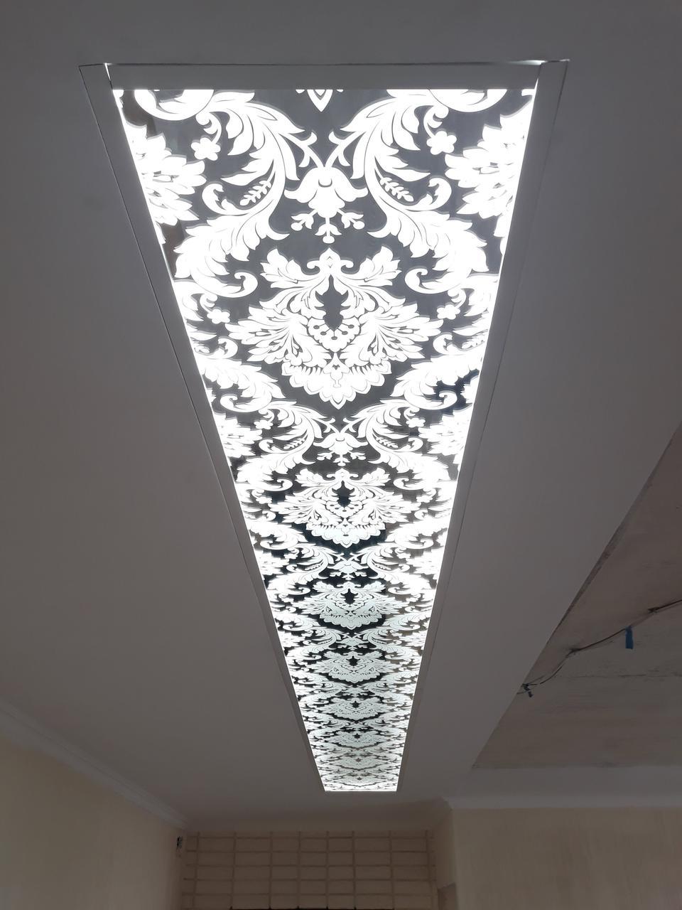 Стеклянные потолки с художественным матированием
