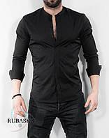 Мужская стильная приталенная рубашка черного цвета, с длинным рукавом и воротником-стоечкой