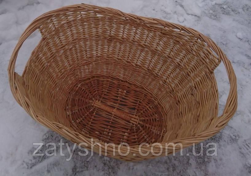 Большая плетеная корзина на дрова