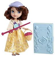 Кукла София прекрасная с набором акссесуаров