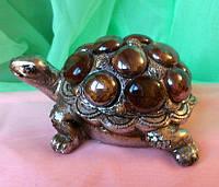 Статуэтка фэн - шуй черепаха на монетах, ширина 12 см.