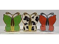 Зажигалка в виде бабочки.