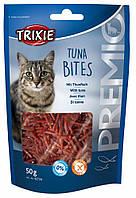 Trixie TX-42734 PREMIO Tuna Bites 50г- лакомство  для котов с тунцом и курицей