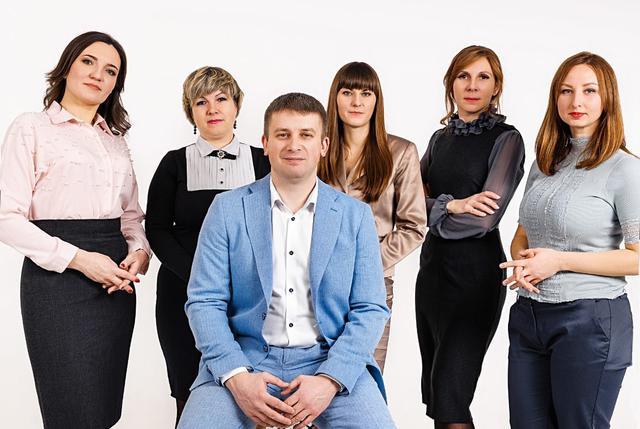 Команда адвокатов ЮК МАйстро и Беженар Запорожье