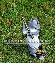 Садовая фигура Енот с удочкой, фото 3