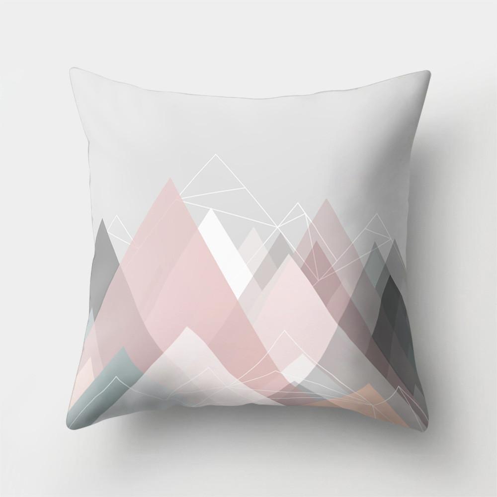 Подушка декоративная Розовые горы 45 х 45 см Berni