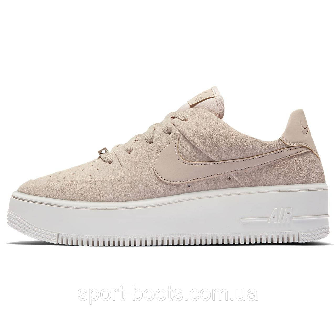 e6a090bd Оригинальные женские кроссовки Nike Air Force 1 Sage Low: продажа ...