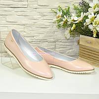 Женские кожаные туфли-балетки с заостренным носком. Цвет пудра, фото 1