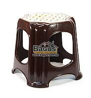 Табурет пластиковый 33,5х33,5х32см коричневый Горизонт (GR-05025-1)
