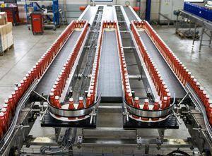 Транспортерні, модульні/пластикові стрічки Habasit для транспортування соків, консерв.