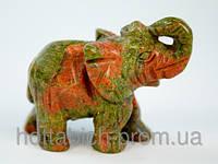 Статуэтка из  камня яшма зеленая