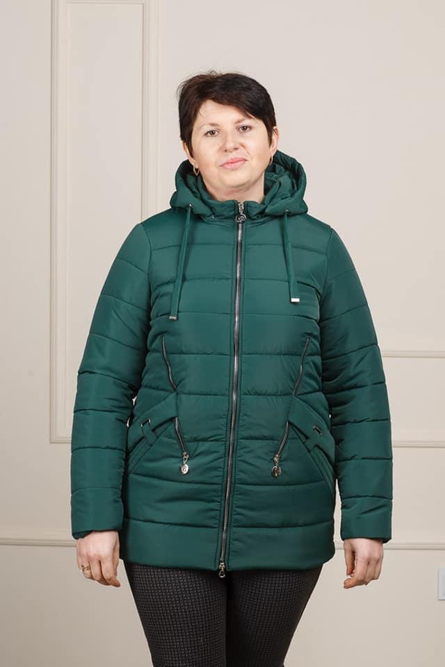 Весенняя женская куртка большого размера Мира