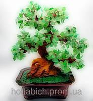 Дерево с камнями