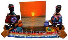 Африканцы в лодке с фоторамкой