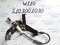 Трос педали газа Мерседес 210, Mercedes W210 2103001030