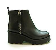 Женские кожаные ботинки на платформе черные