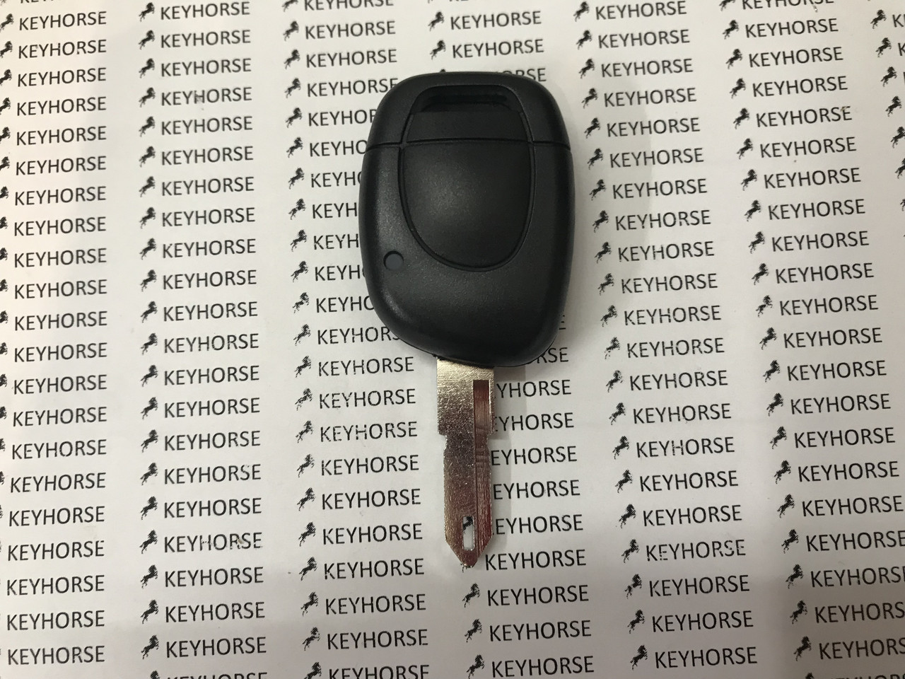 Авто ключ RENAULT (Рено) 1 - кнопка, лезвие NE 73, с чипом ID46 (PCF7946), 433MHZ