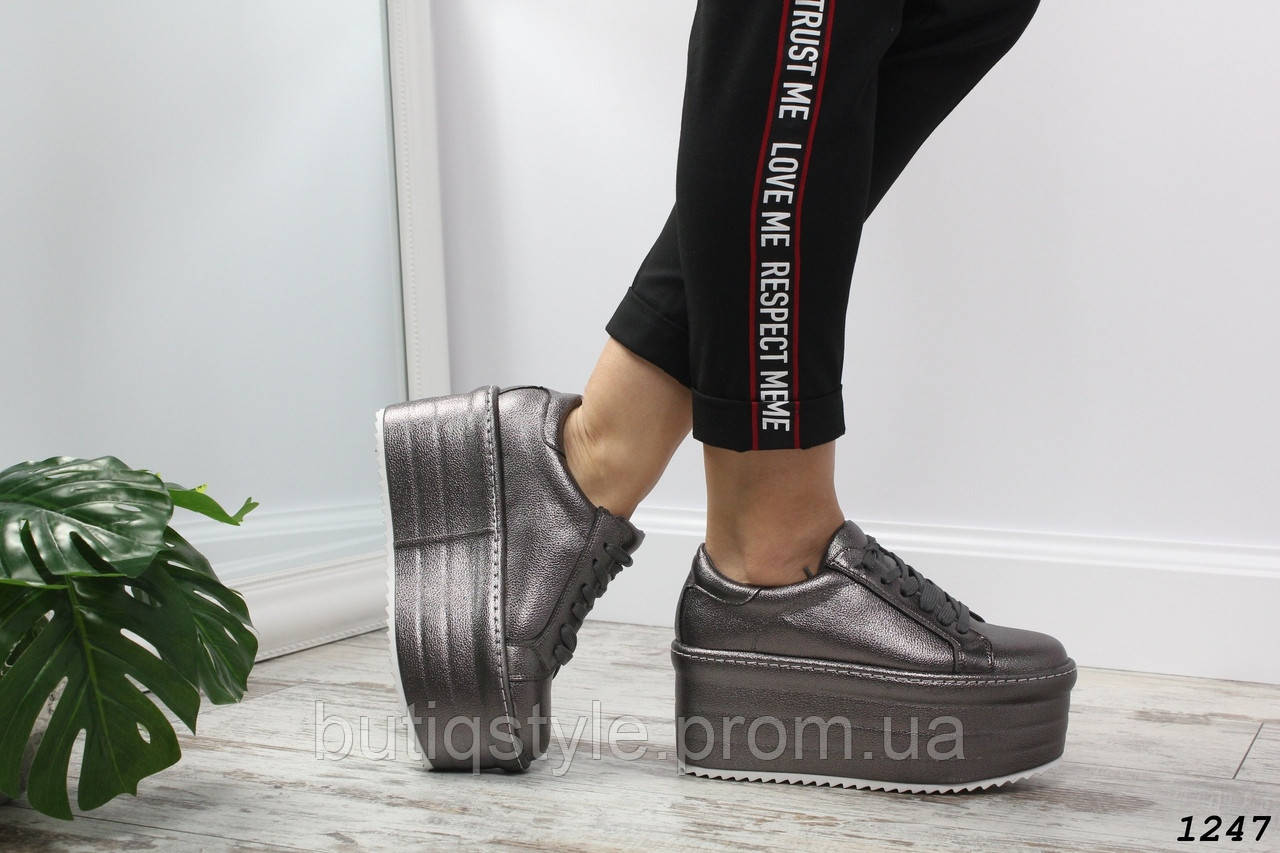 38, 40 размер! Туфли женские никельна платформеэко-кожа