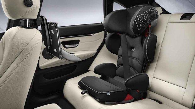 Детское автокресло BMW JUNIOR SEAT 2/3