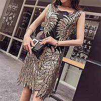 b6d6af3b21e Красивое женское платье расшитое золотистыми пайетками и бисером черное