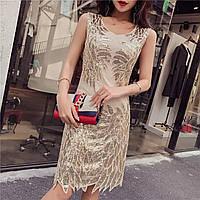 a88f3603077 Красивое женское платье расшитое золотистыми пайетками и бисером бежевое
