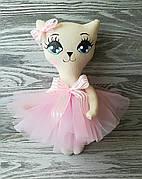Игрушка кошка в бледно-розовом платье  ручная работа hand made