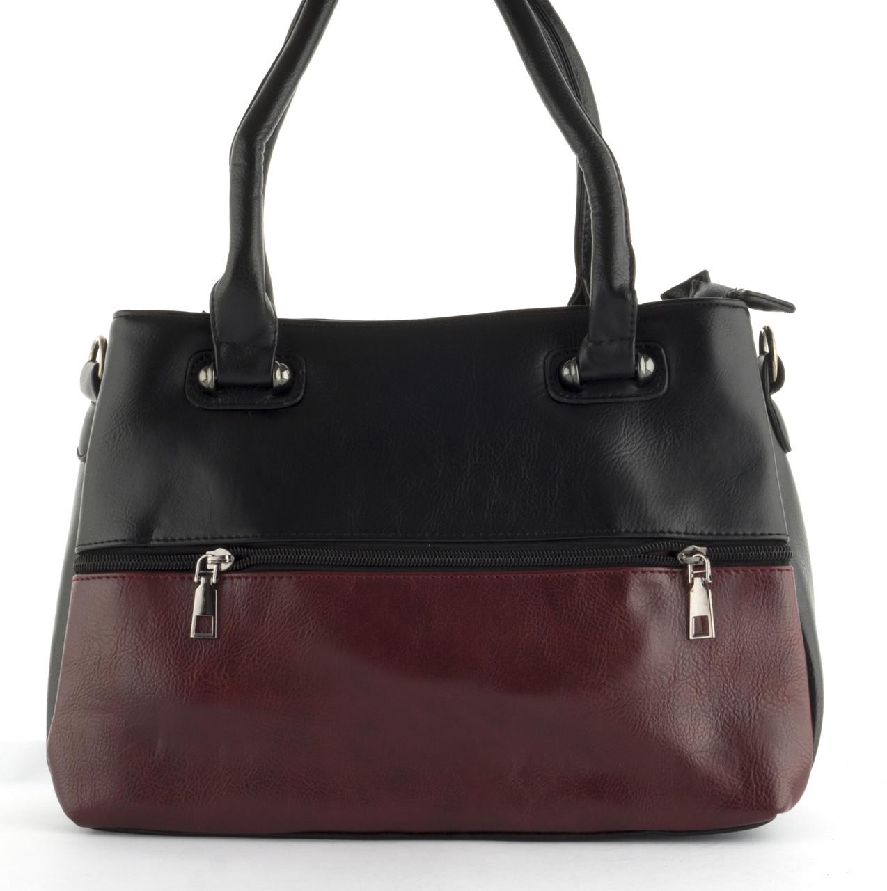 Недорогая качественная вместительная женская сумка P&W art. 55133 черная/красная