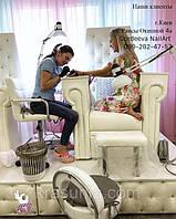 Педикюрное кресло Трон Ice Queen, подставка для экспресс маникюра под Трон, стульчик мастера педикюра ZD-2118, стульчик мастера Florina.
