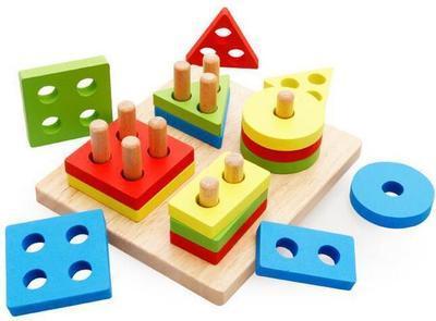Детская игрушка. Деревянная геометрика