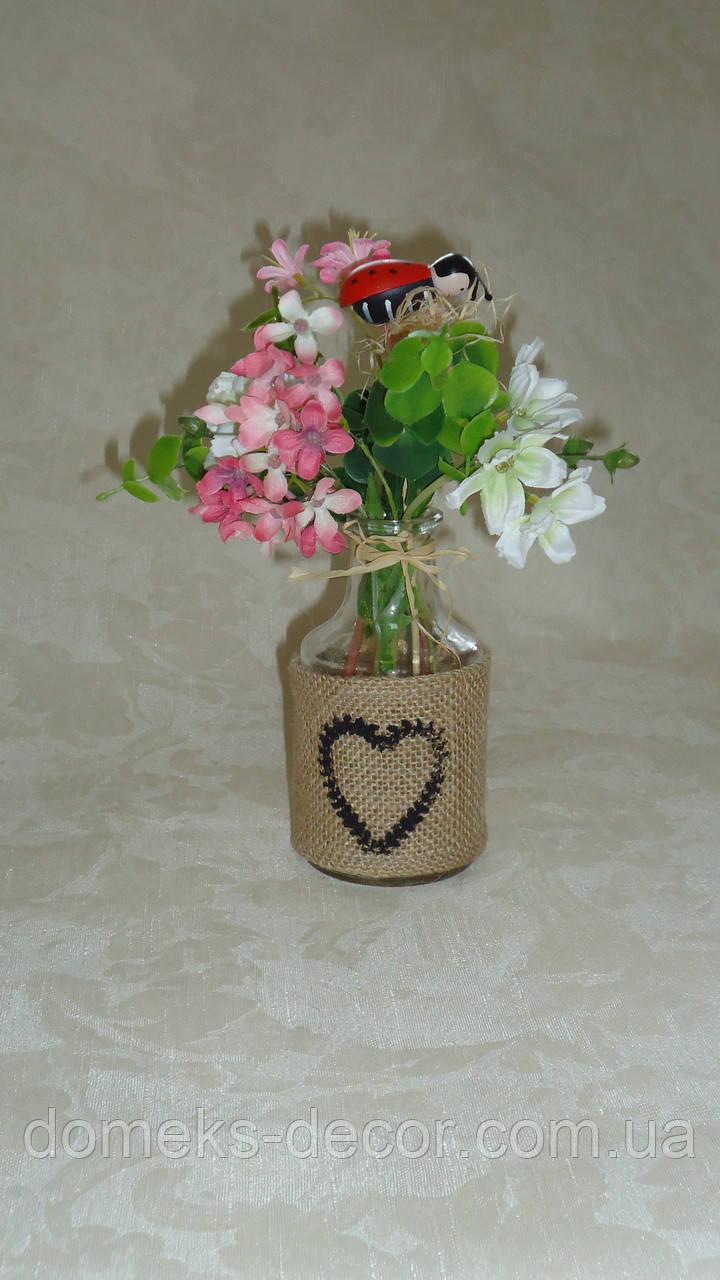 Стеклянная вазочка в подставке из мешковины(без цветов)