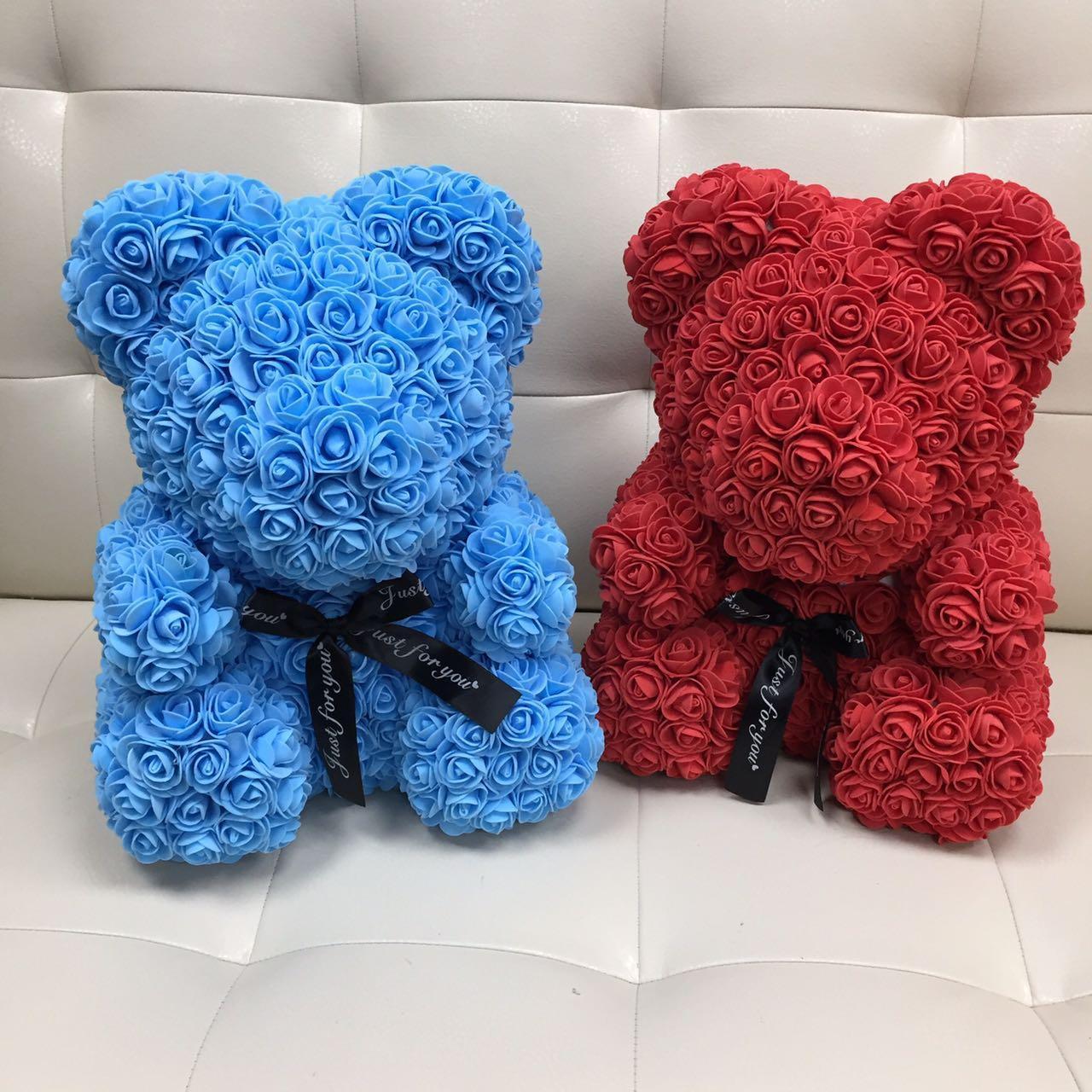 Голубой Мишка из роз Teddy из цветов 40 см в коробке