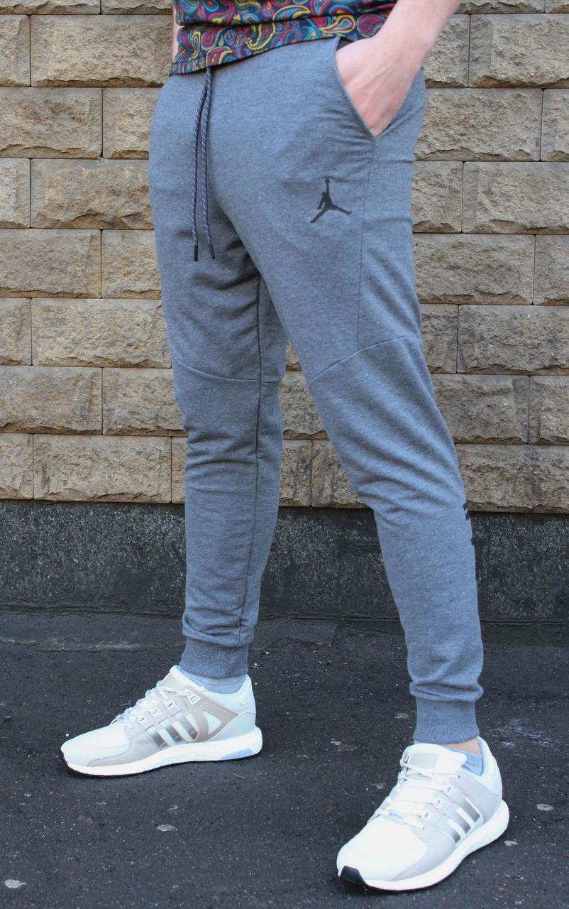 Молодежные трикотажные серые спортивные штаны Jordan  на манжете 48, 50 размер (Реплика)