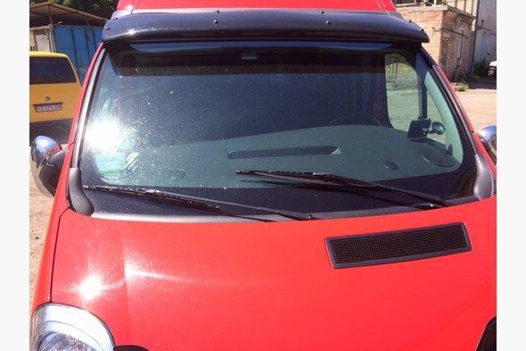 Козырек черный (на кронштейнах) Opel Vivaro 2001-2015 гг.