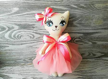 Игрушка кошка в кораkловом платье с бежевым бантиком ручная работа hand made, фото 2