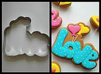 Вырубка для пряника и печенья Любовь с шариками