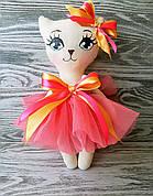 Игрушка кошка в кораловом платье с оранжевым бантиком ручная работа hand made
