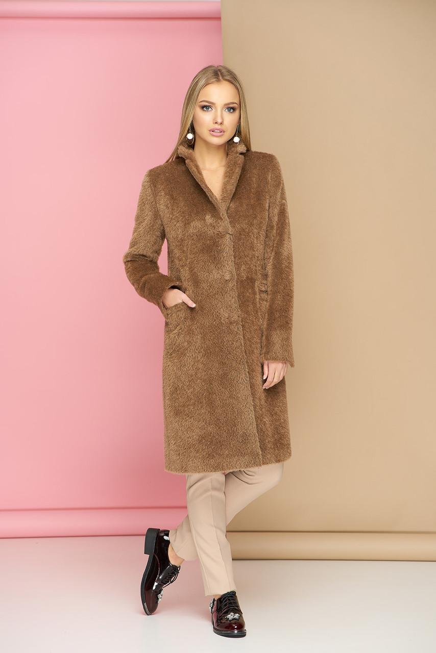Классическое демисезонное шерстяное пальто бежевое