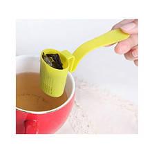 Пластиковое ситечко для чая